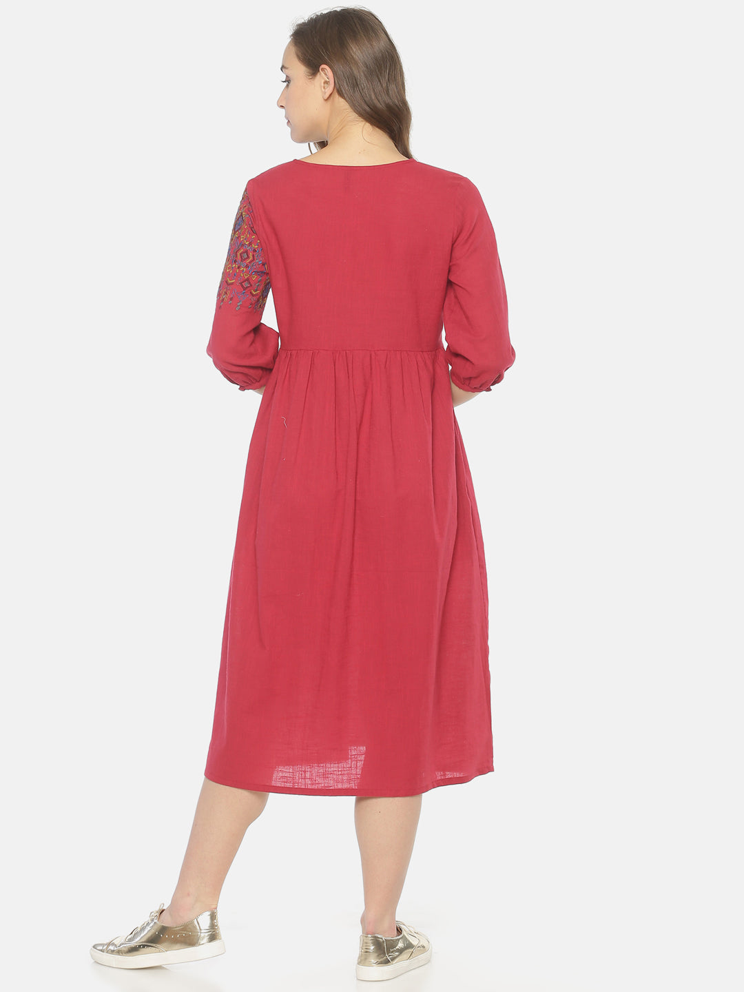 Red Front Open Gathered Dress With Embroidery | Untung