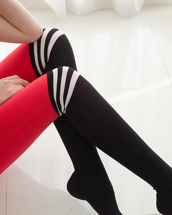 OVER KNEE SOCKS BLACK - Bada Korea