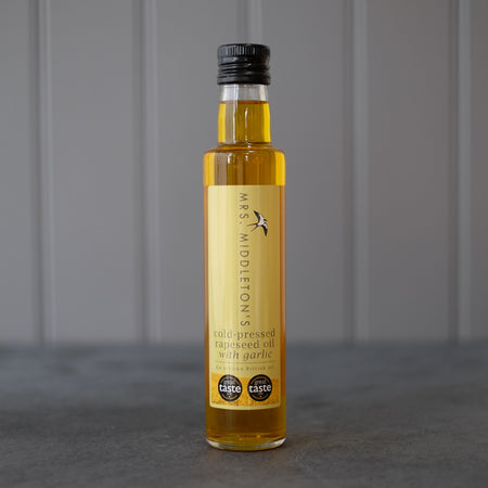 Cold-Pressed Rapeseed Oil with Garlic