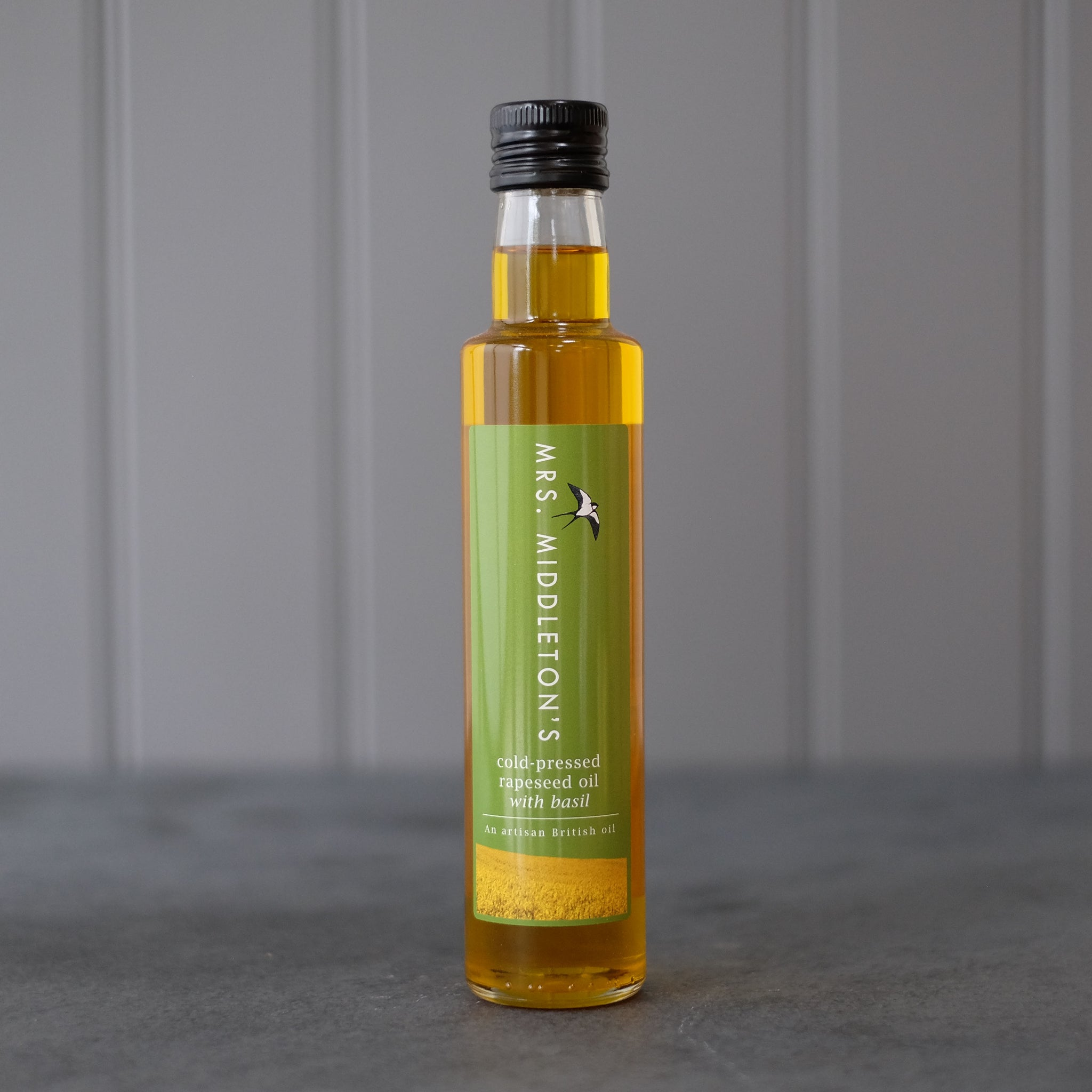 Cold-pressed rapeseed oil with Basil