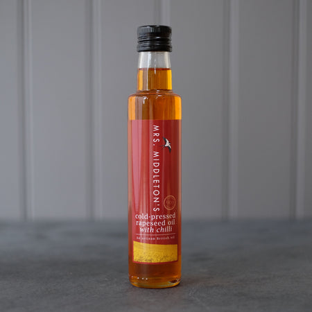 Cold-pressed rapeseed oil with Chilli