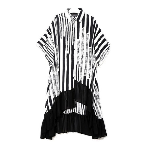 Robe chemisier asymétrique rayures noires et blanches - Robes - THE FASHION PARADOX