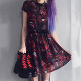 Robe patineuse doublée rouge et noire goth vampire - Robes - THE FASHION PARADOX