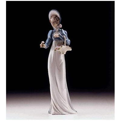 Lladro A Flower For You 01006427