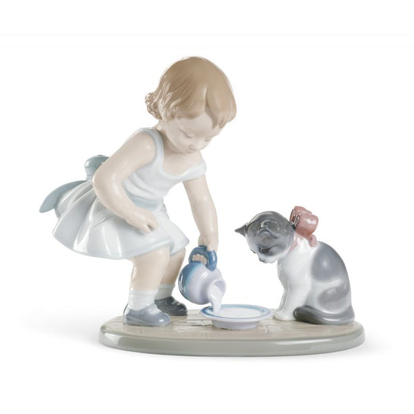 Lladro Kitty's Breakfast Time 01008498