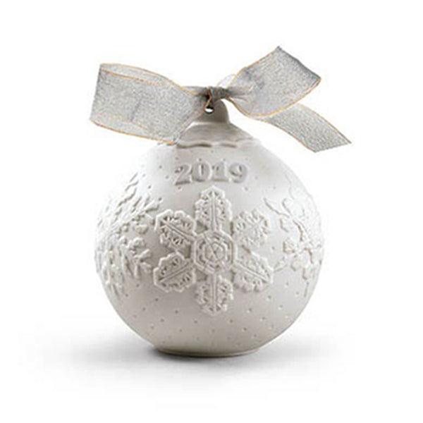 Lladro 2019 Christmas Ball 01018443