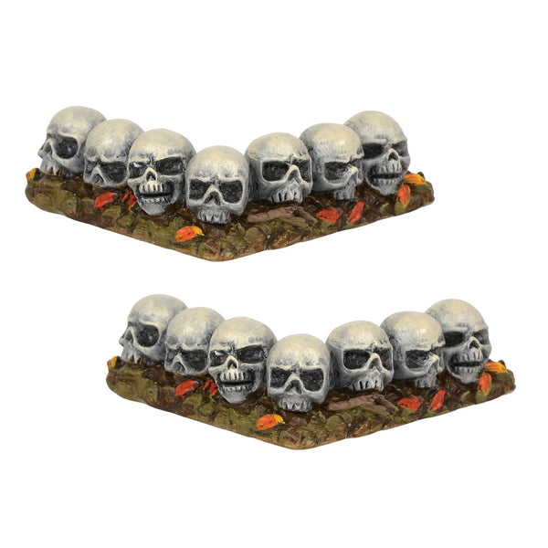 D56 Row Of Skulls, Curved 6001747