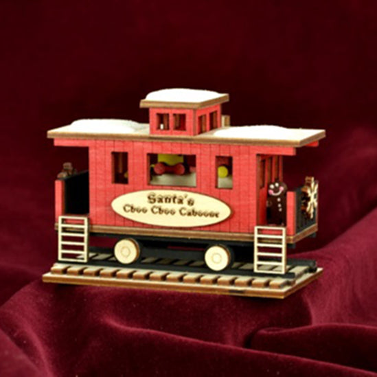 Ginger Cottages Santa's Choo Choo Caboose GC133