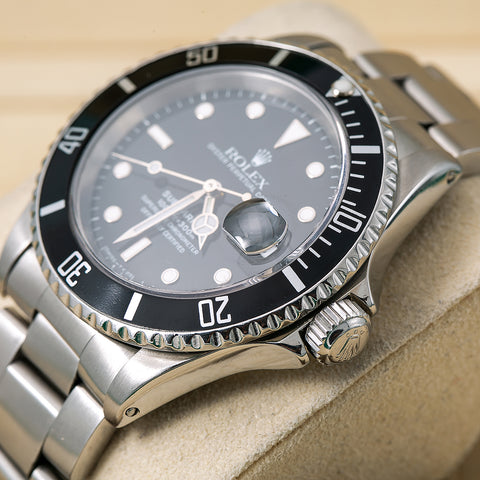 Rolex Submariner Date 16610 40MM Black Dial With Stainless Steel Bracelet