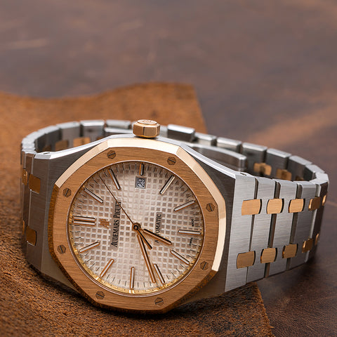 Audemars Piguet Royal Oak Self Winding 15400SR 41MM White Dial With Two Tone Bracelet
