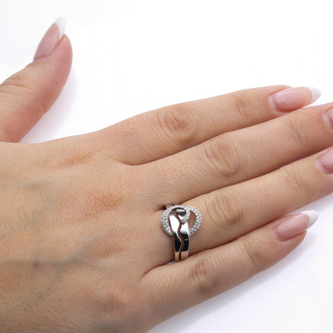 Ladies 14k White Gold With 0.25 CT Right Hand Ring