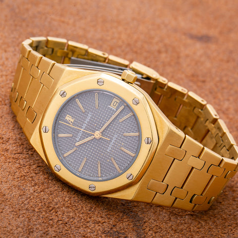 Audemars Piguet Royal Oak Lady 67600BA 33MM Black Dial With Yellow Gold Bracelet