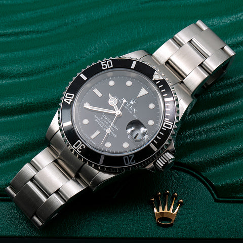 Rolex Submariner Date 16610 40MM Black Dial With Stainless Steel Oyster Bracelet