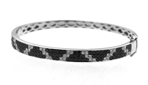 14K White Gold Diamond Bangle with Black and White Round Diamonds 0.92CT Black Diamonds 1.90CT