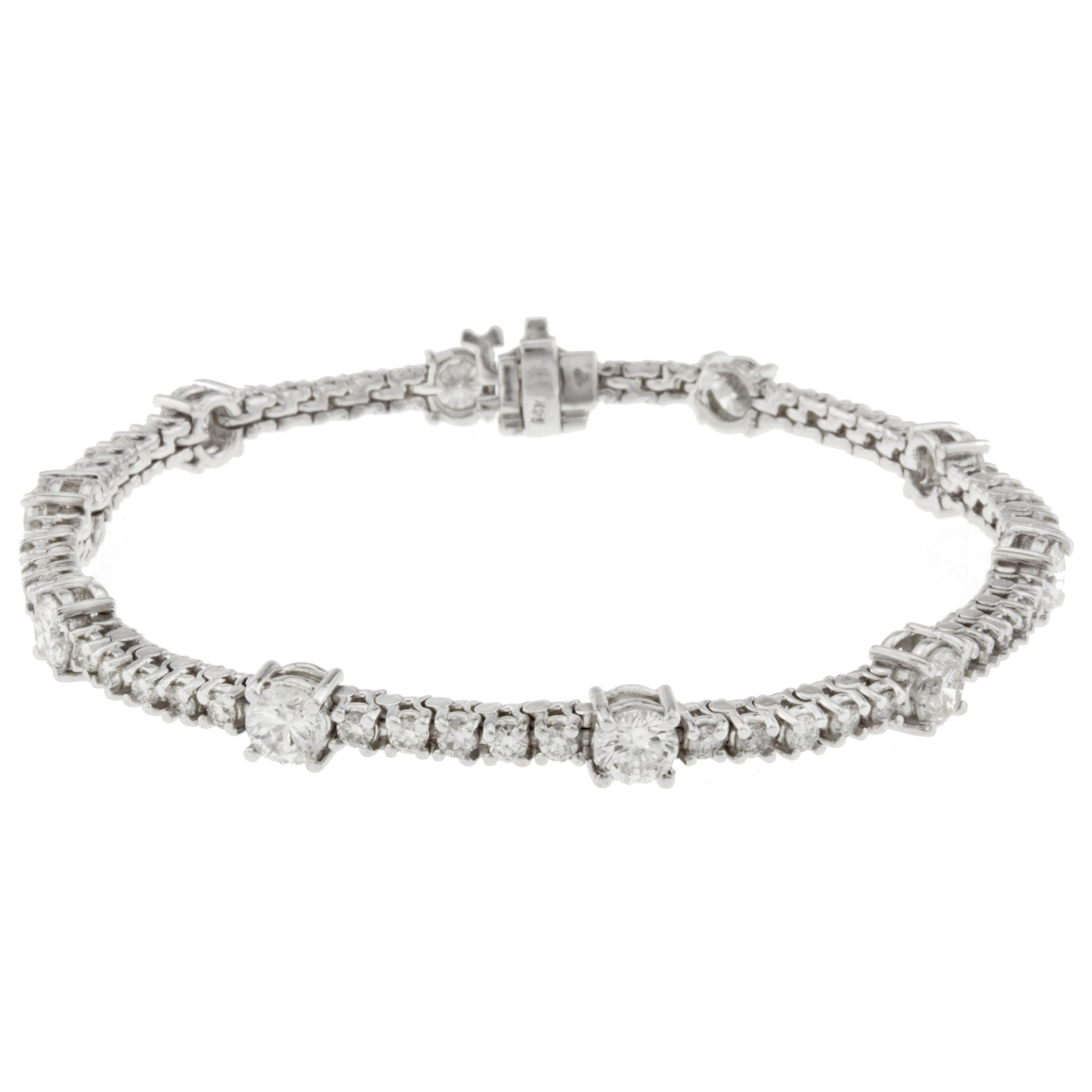 14K White Gold Diamond Tennis Braclet With 5.97CT Of Round Diamonds