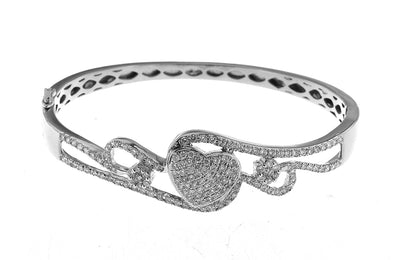 White Gold Diamond Heart Bracelet