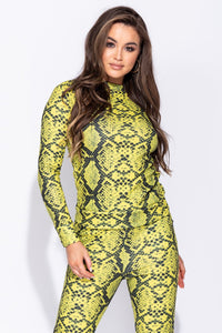 Green Snake Print High Neck Sweatshirt And Legging Set - Parisian-uk