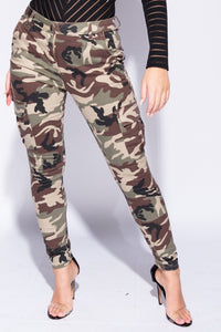 Camouflage Patch Pocket Skinny Cargo Trousers - Parisian-uk