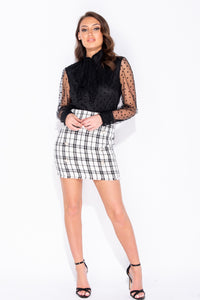 White Tweed Pearl Button Frayed Hem Mini Skirt