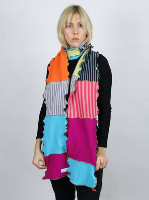THE UGLY SCARF X