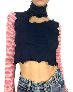 """Slas(her)"" Long-Sleeve Turtle Crop"