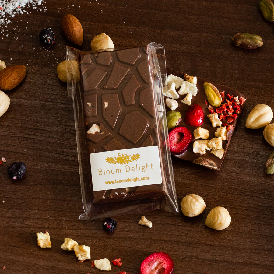 free from chocolate bar for vegans, sugar-free, artisan, gift bar