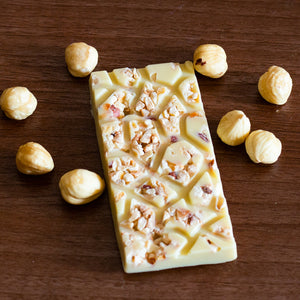 vegan sugar free white chocolate artisan with hazelnut
