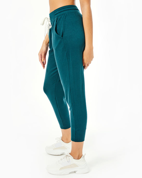 Reena 7/8 Fleece Sweatpant