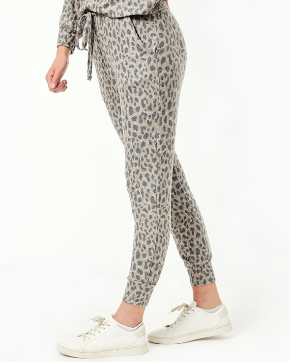 Leopard Cozy Pocket Jogger Pants
