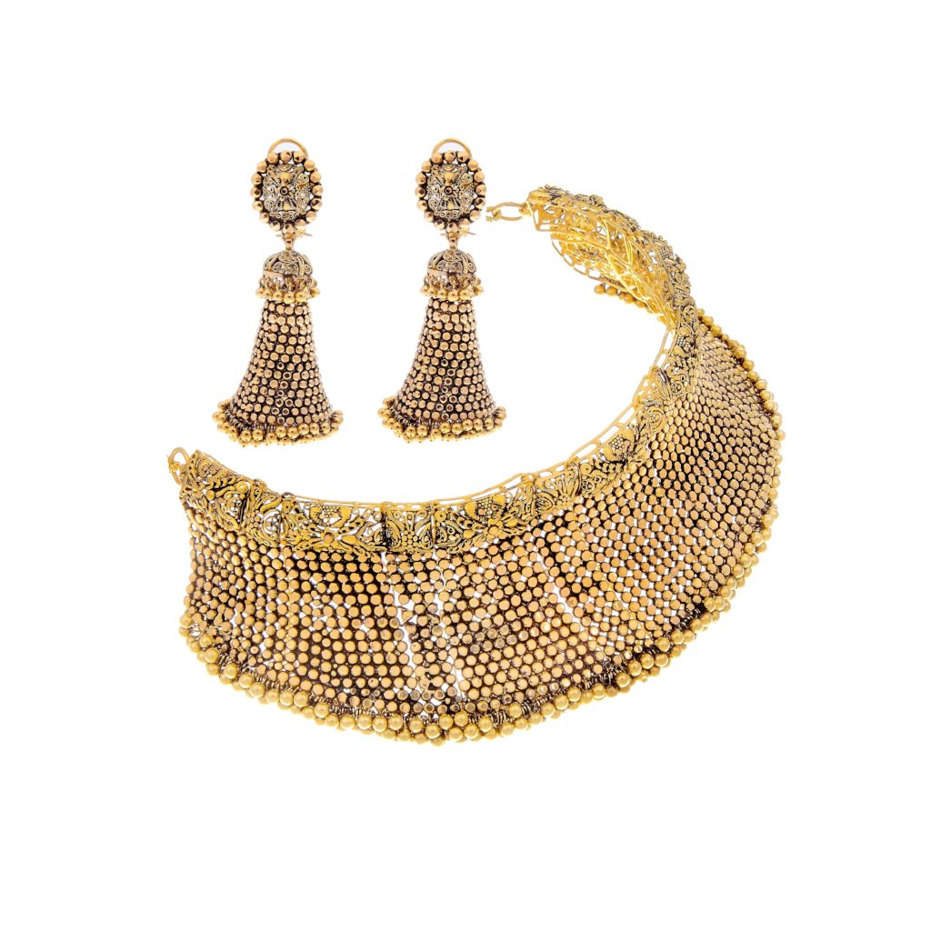 Breathtaking choker set with long earrings in 22k gold