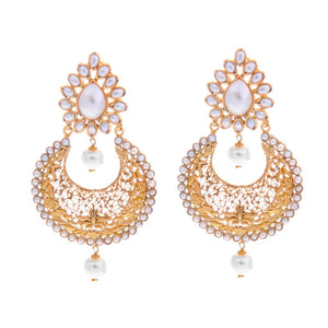 Graceful earrings made with unblemished pearls handcrafted in 22 karat gold
