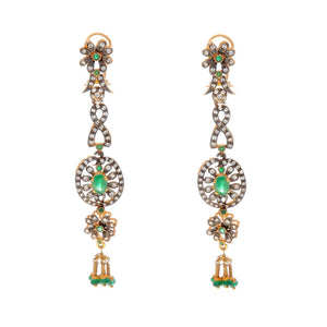 Sophisticated and stunning Emerald earrings made in 22k gold