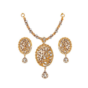 Magnificent Polki and Cubic Zirconia Necklace Set made in 22 karat gold
