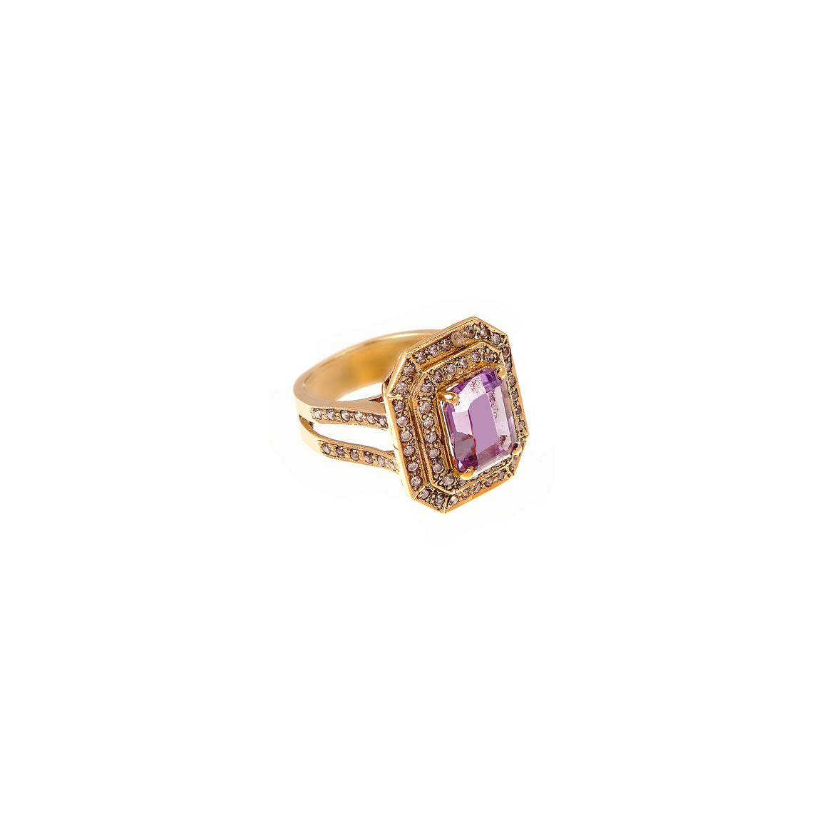 Striking Amethyst ring made in 22k gold
