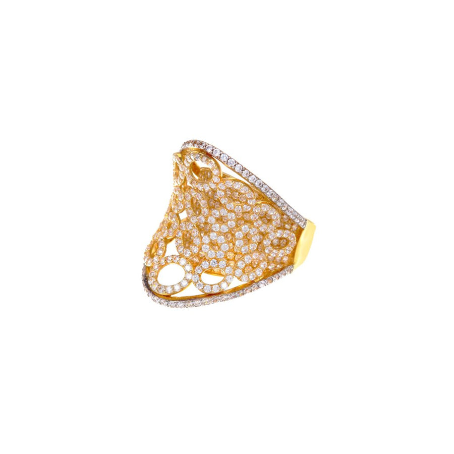 Beautifully crafted 18K cubic zirconia ring