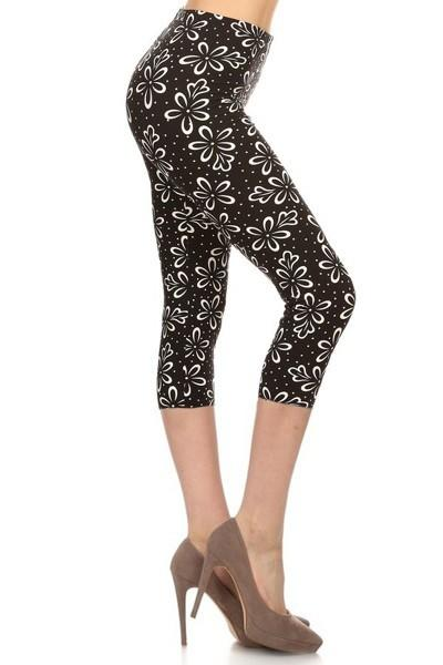 sueded daisies petals capri legging