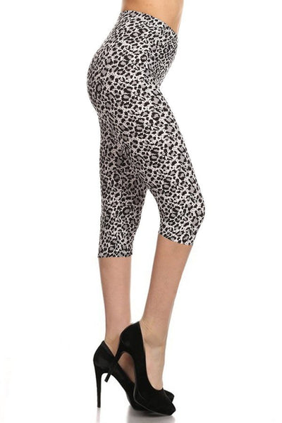 sueded b/w cheetah capri legging