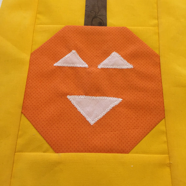 Free Quilting Tutorial - Pumpkin Block