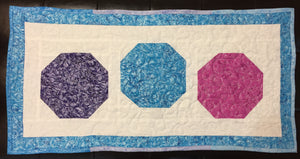 Circle Holiday Table Runner