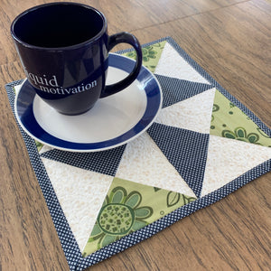 Pin Wheel Mug Rug Mini Quilt