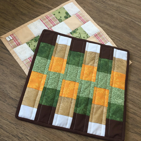 Free Quilting Tutorial - Easy Fall Mini Quilt
