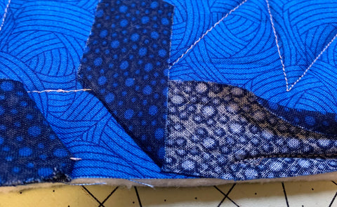Sewing on Bias tape for quilt binding