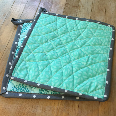 Finished hot pot holder in teal and grey