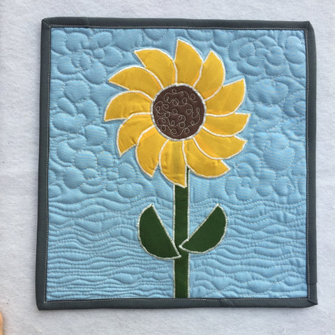 Finished Sunflower Mini Quilt