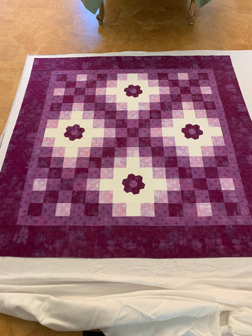 Pin Basting a Quilt - Make sure the lines are straight