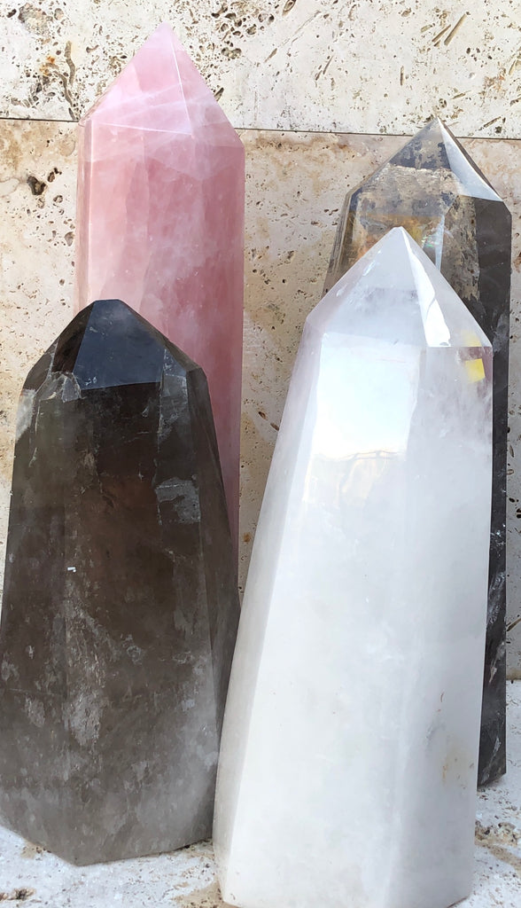 XXXL Clear Quartz Base cut Point