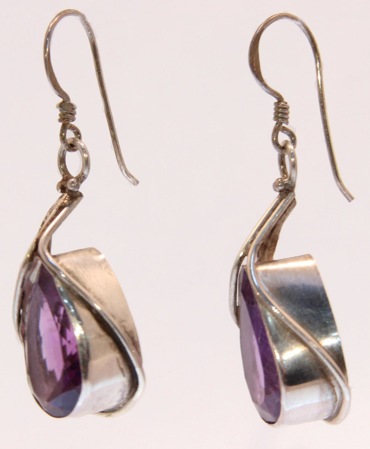 Sterling Silver Amethyst Drop Cowlily Earrings