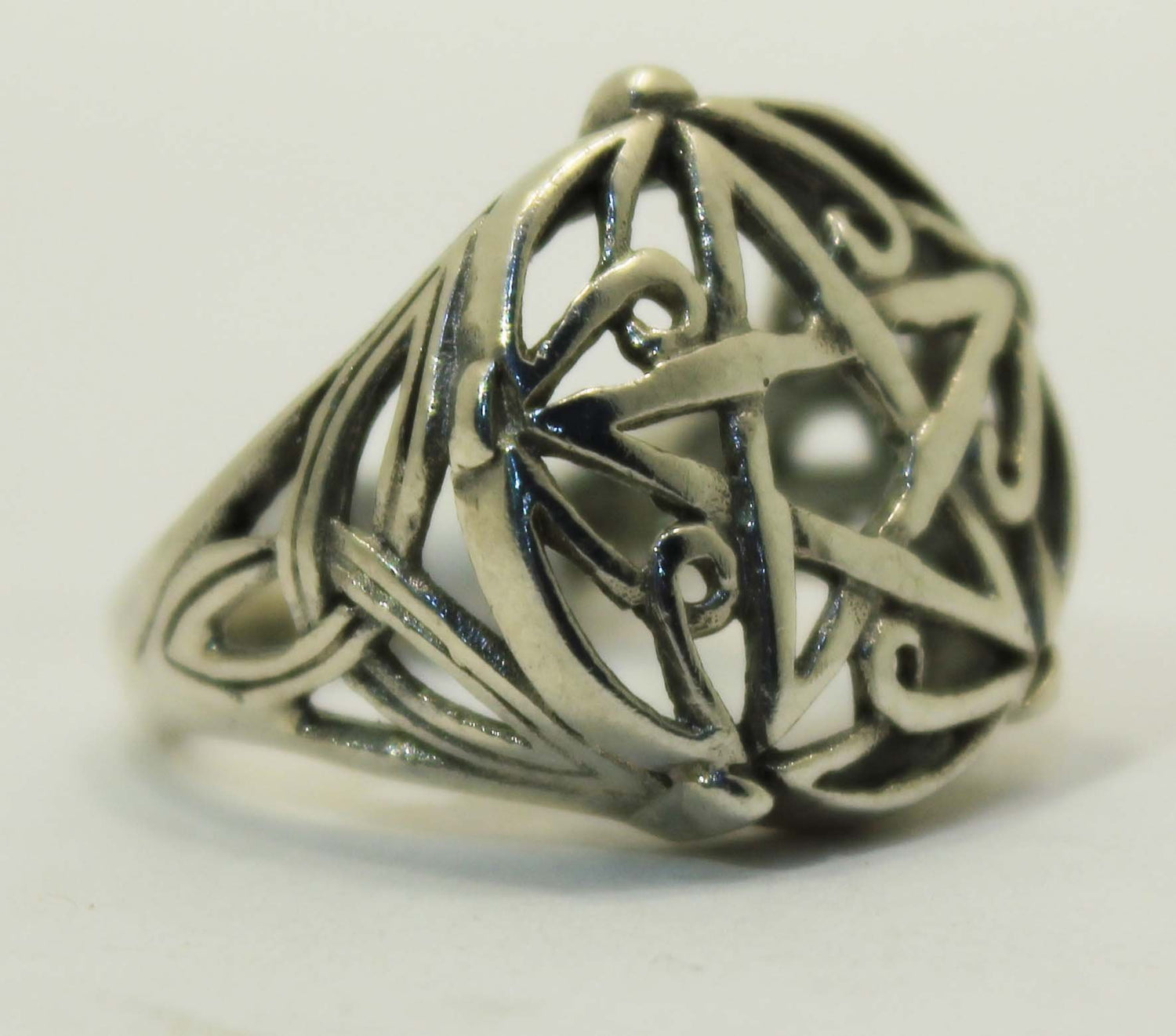 Sterling Silver Pentacle and Celtic Knot Ring