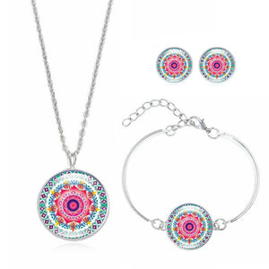 Mandala Art Picture Pendant Statement Chain Crescent Moon Necklace