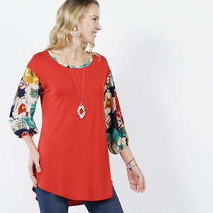 Floral 3/4 bishop sleeve curved hem tunic